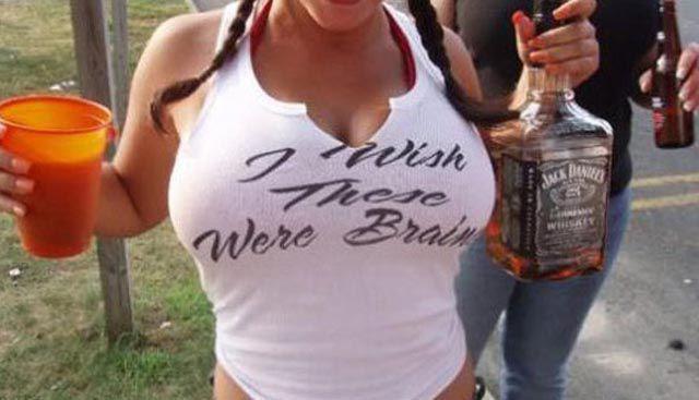 Tshirtar med brösttexter
