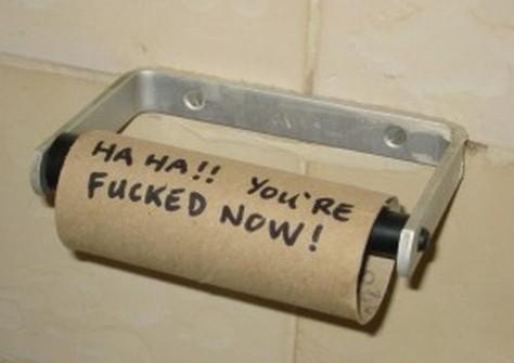 Otrevlig överaskning på offentlig toalet