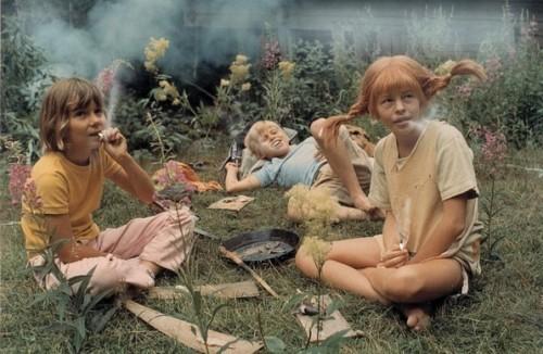 Pippa röker på